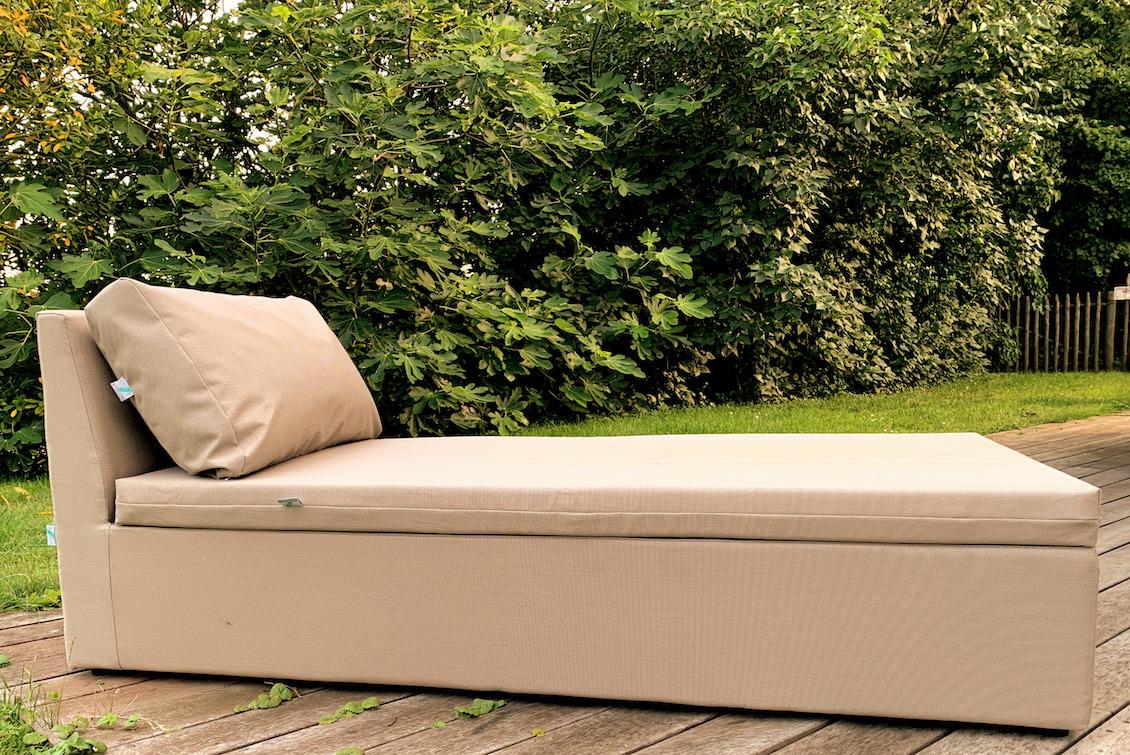 Bed de plage et piscine Monaco - gasparinicollection.com