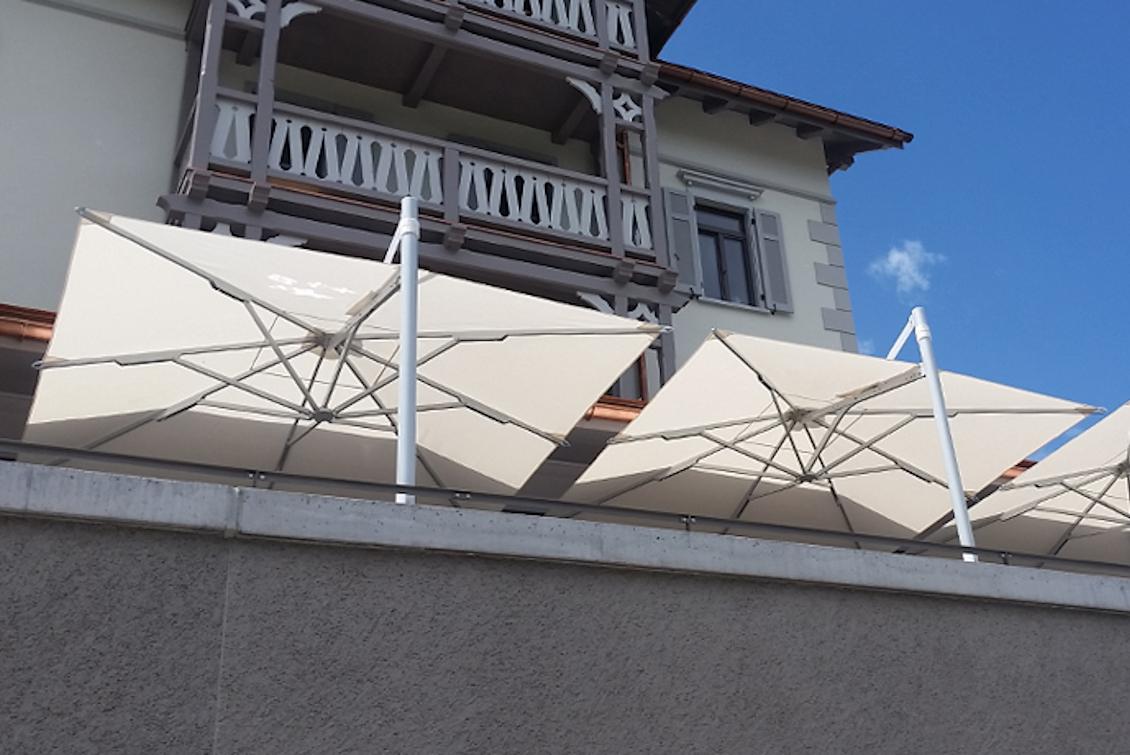 Parasol de grande taille en aluminium - gasparinicollection.com