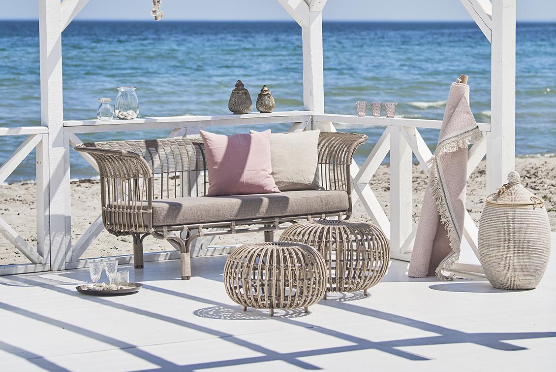 Belladonna sofa by Franco Albini - gasparinicollection.com